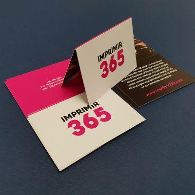 Imagen de tarjetas dobles horizontales